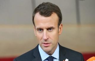 Macron İsrail saldırılarını kınadı