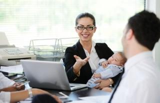 Çalışan anneye kreş yardımı arttırıldı