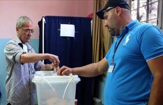 Lübnan'da 128 milletvekili seçimi için oy verme...