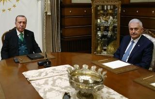 Cumhurbaşkanı Erdoğan, Başbakan Yıldırım ile...