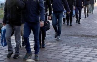 TSK'daki FETÖ şüphelisi 300 kişiye gözaltı kararı