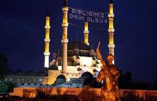 Selimiye Camii'nin Ramazan mahyası hazır