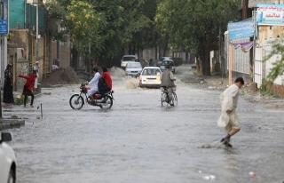 Afganistan'da meydana gelen selde 11 ölü