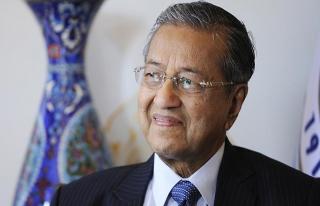 Mahathir 1 ya da 2 yıl görevde kalacak