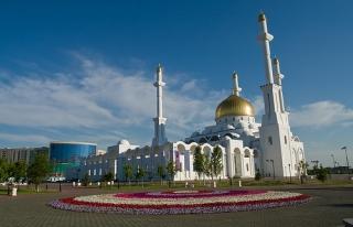 Kazakistan'da ilk iftar yapıldı
