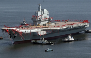 Çin'in ilk yerli uçak gemisinin ilk seyir testi...