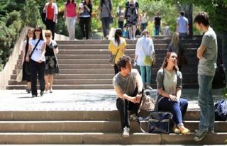 Yabancılar Türkiye'den vatandaşlık almakta zorlanıyor