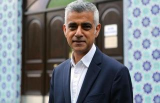 Londra'nın ilk Müslüman belediye başkanından...