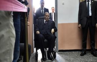 Cezayir ve AB Büyükelçisi arasında gazeteci krizi