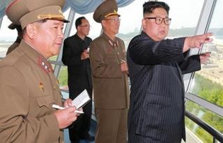 Trump-Kim zirvesi öncesi Kuzey Kore ordusunda deprem