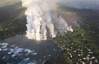 Kilauea Yanardağı Hawaii'de yeni karalar ortaya...