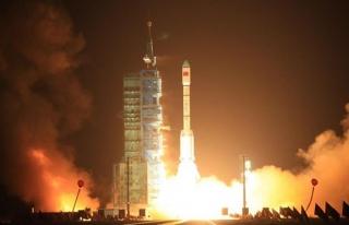 Hindistan'dan uzay programına dev bütçe