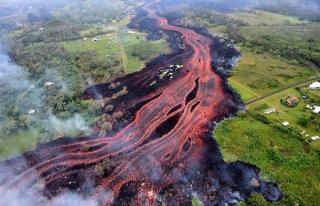 Kilauea Yanardağı'ndan püsküren lavların faturası...