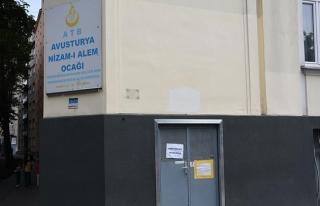 Avusturyalılardan camilerin kapatılmasına büyük...