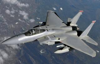 Amerikan savaş uçağı Okinawa açıklarında düştü
