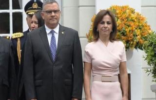 El Salvador'da eski devlet başkanının eşi tutuklandı