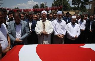AK Parti'li Yıldız'ın ağabeyinin cenazesi defnedildi