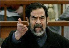 Saddam 3. kez mahkemeden atıldı