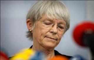Almanya'nın ilk kadın başpiskoposu istifa etti