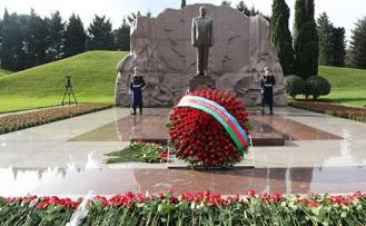 Haydar Aliyev'in vefatının 15. yılı