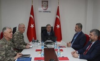 Ülke güvenliğinin 4 büyük isminden Suriye sınırında toplantı