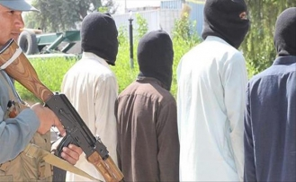 Afganistan'da yol inşasında çalışan 33 işçi kaçırıldı