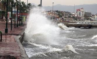 İstanbul ve Çanakkale için fırtına uyarısı