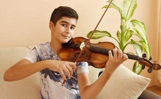 Mozart ödülünü alan ilk Türk memleketine geldi