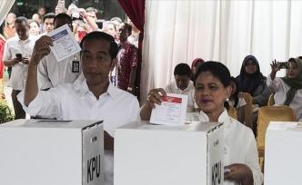 Endonezya'da 'seçim kavgası' büyüyor