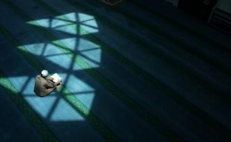 Biz İslamı; manevi ihtiyaçlarımız giderilsin diye seçmedik