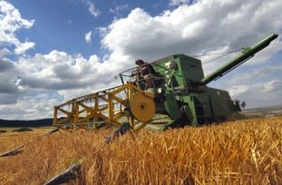 On binlerce çiftçinin borcuna erteleme