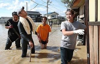 Japonya'da sellerde ölü sayısı 80'i buldu
