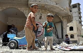 Kuveyt'ten Yemenli çocuklar için 59 milyon dolarlık yardım