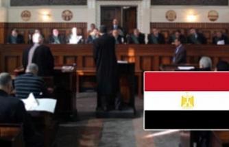 Mısır'da darbe karşıtı 18 kişiye hapis cezası
