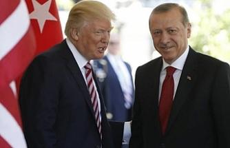 """Trump'tan Erdoğan'a """"işini iyi yapıyor"""" övgüsü"""