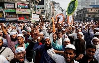 Arakan Müslümanları Facebook'a tepkili