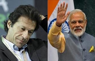 Hindistan vakit kaybetmeden Pakistan'ın yeni liderine çağrı yaptı
