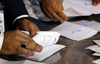 Irak'ta elle yapılan oy sayımının sonuçları açıklandı