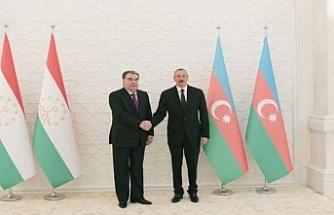 Kazak lider Aliyev'e misafir oldu