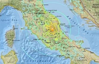 Napoli'de 5. şiddetinde deprem