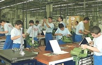 Staj ücretine devlet katkısı üç eğitim yılı uzatıldı