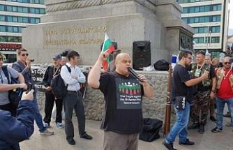 """Bulgaristan'da """"Hükümet istifa"""" sesleri"""