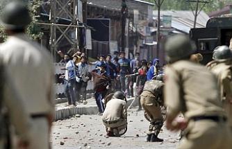 Keşmir'de çatışmalar yeniden alevlendi