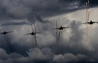 Esed'in kalesine yoğun hava saldırısı iddiası