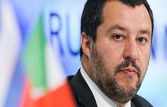 """İtalyan bakan """"köle"""" benzetmesinin arkasında"""