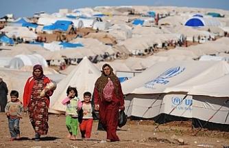 Lübnan geri dönen mültecileri kaydedecek