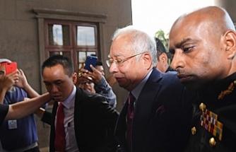 Malezya'nın eski Başbakanı Rezak gözaltında