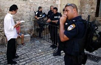 Mescid-i Aksa görevlilerine uzaklaştırma cezası