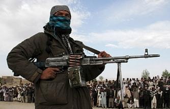 Taliban Afgan polisine saldırdı