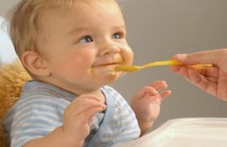 Bebeklere çay ve gazoz zararlı